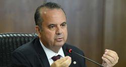 Marinho critica 'pântano regulatório' e vê 'bom senso' em revisões da CLT